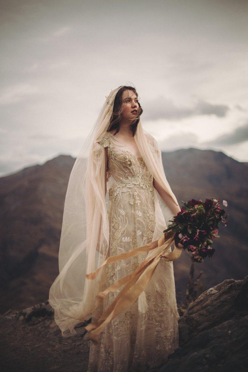 crown range arrowtown queenstown new zealand romantic vintage wedding photography